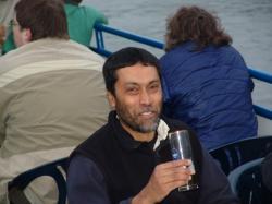 Neméně elegantní Subir Sarkar. Kredit: Universität Bonn.