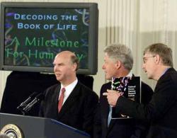 Craig Venter, Bill Clinton a Francis Collins v bílém domě v den G.
