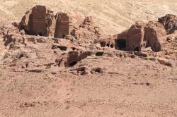 Petra – série snímků (Wikipedia)