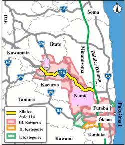 Mapa oblasti s vyznačením doposud uzavřených oblastí. Kromě malých kousků ve městech Ókuma a Futaba už jde pouze o nejsilněji kontaminované oblasti III. kategorie. Na mapě je i silniční systém. Některé ze silnic, které jsou už úplně otevřeny pro provoz, například Dálnice Džóban, procházejí i přes uzavřenou oblast. V současné době se jedná o otevření pro veškerou dopravu i silnice 114, která přes uzavřené oblasti propojuje východní pobřeží se západními částmi prefektury.