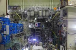 Nový japonský plně supravodivý tokamak JT-60SA (zdroj JT-60SA).