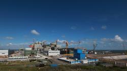 První dva bloky elektrárny Fang-čcheng-kang (Fangchenggang), které jsou typu CPR1000 jsou názorným příkladem úspěšné sériové stavby jaderných reaktorů v Číně (zdroj CGNPC).