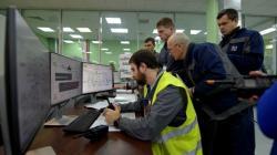 Pracovníci firmy Novarka a Černobylské jaderné elektrárny při komplexních testech nového sarkofágu na začátku roku 2019 (zdroj Černobylská jaderná elektrárna).