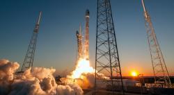 Start rakety Falcon 9 společnosti SpaceX (zdroj SpaceX).