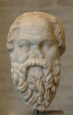 Římská kopie sochy Sókrata, kterou kolem roku 320 v Athénách udělal Lysippos, nyní v Mnichově. Kredit: Wikimedia Commons .