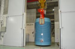 Přeprava kontejneru Castor v elektrárně Greinfswald (zdroj EWN).