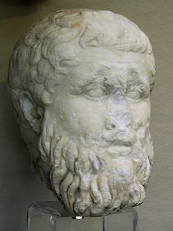 Platón, mramor z let 340 až 300 před n. l. Archeologické muzeum v Syrakúsách. Kredit: Wikimedia Commons.