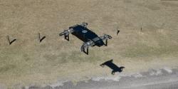 Čtyřmotorový tryskový dron AB5 JetQuad. Kredit: FusionFlight.
