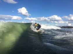 U surfařů je třikrát větší pravděpodobnost, že ve svých střevech mají bakterie odolné na antibiotika. Foto: Jana Vlčková.
