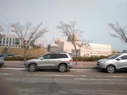 Jedním ze zájemců o dodávku nových jaderných bloků do Česka je i Jižní Korea. Na fotce jsou její bloky v elektrárně Šin Kori (foto Vladimír Wagner).