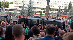 Pohřeb obětí havárie (zdroj Rosatom via AP).