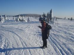 Při zimní inverzi se nízkoemisní energetika u nás bez jádra zajistit nedá, Krkonoše v době zimní inverze (foto Vladimír Wagner).