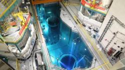První reaktor Hualong One, do kterého se začalo zavážet palivo je Fu-čching 5 (zdroj CNNC).