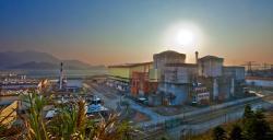 Reaktory elektrárny Daya Bay se využívají pro studium oscilací neutrin. (Zdroj Roy Kaltschmidt, Berkeley).