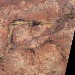 Jack Hills vZápadní Austrálii sprastarými horninami. Kredit: NASA.