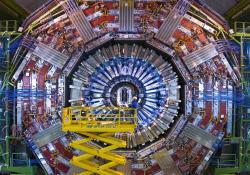 Detektor CMS na LHC. Kredit: CERN.