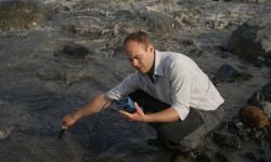 Sólheimajökull  denně uvolní do ovzduší  41 tun metanu, za rok to je 23 000 000 000 litrů. Kredit: Dr Hugh Tuffen.