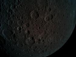 Odvrácena strana Měsíce na fotografii sondy Beresheet (zdroj SpaceIL).