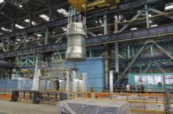 Vnitřní část reaktorové nádoby prvního bloku elektrárny Ostrovec (zdroj AEM-Technology).