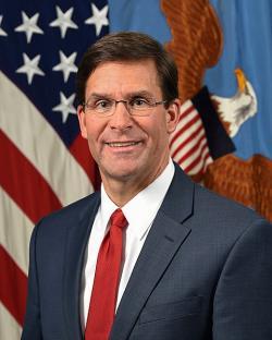 Úřadující šéf Pentagonu Mark Esper. Kredit: Monica King / Wikimedia Commons.