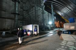 Práce v oblasti těch částí strojovny, které se dostaly pod Oblouk (zdroj Černobylská jaderná elektrárna).