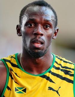 Dokonce i jamajský rychlík Usain Bolt, který proletěl dvacetimetrový úsek stometrové trati za 1,61 s., což se rovná rychlosti 44,72 km/h, by žasl, jak vysokou rychlost je třeba vyvinout, aby se objekt zdánlivě alespoň malinko posunul byť jen v našem blízkém vesmírném okolí. Kredit: Augustas Didžgalvis, Wikipedie (CC-BY-SA-4.0)