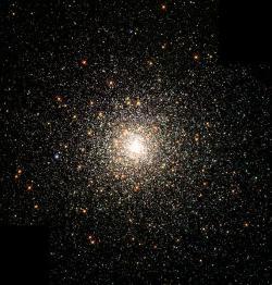 Skvostná kulová hvězdokupa Messier 80. Kredit: NASA, The Hubble Heritage Team, STScI, AURA.