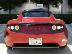 Muskova Tesla Roadster na Zemi. Kredit: CC0 Creative Commons.