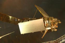 Satelit Iridium. (Kredit: ideonexus, National Air and Space Museum)
