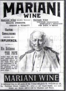Jeho svatost Pius XIII udělil panu Marianimu zlatou medaili s papežským znakem.  (Kredit: Wikipedia, volné dílo)