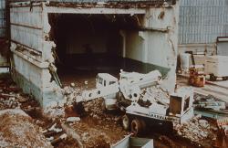 Průběh likvidace bloku Shippingport v roce 1986 (zdroj DOE).
