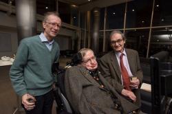 Roger Penrose je úplně napravo, uprostřed je Steven Hawking a nalevo je Andrew Wiles (zdroj Twitter OxUniMaths).