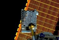 Zařízení NICER na vesmírné stanici ISS (zdroj NASA).