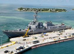 USS Spruance, torpédoborec třídy Arleigh Burke. Kredit: US Navy.