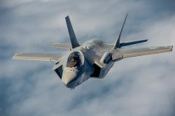F-35A Lightning II. Kredit: MSgt John Nimmo Sr. / Wikimedia Commons.