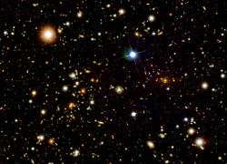Kupa galaxií Kulka - 1E 0657-558 v optickém oboru (zdroj NASA).