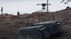 THeMIS Observe svypuštěným dronem Acecore. Kredit: Milrem Robotics.