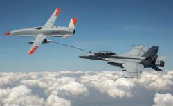 Stingray a Hornet. Kredit: Kevin Flynn / Boeing.