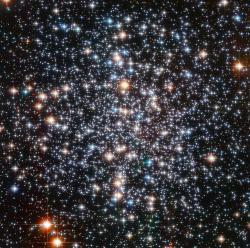 Hvězdokupa M4. Kredit: ESA / Hubble & NASA.
