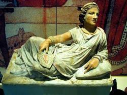 Etruská žena. Terakotová soška Kredit: Thomas IhleCC BY-SA 3.0