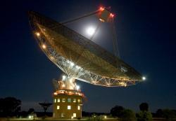 Parkes Radio Telescope. Kredit: Parkes Telescope / Shaun Amy.