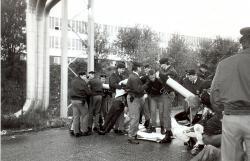 Blokáda Temelína v roce 1995 podporovaná Greenpeace (zdroj Jiří Neustupa, Ekolist).