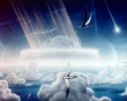 Zastaralá rekonstrukce scény z končících druhohor, kdy 10 až 15 km velká planetka naráží obrovskou rychlostí na povrch naší planety v oblasti budoucího Mexického zálivu. Rozpoutané peklo pak v průběhu minut až desetiletí způsobí vyhynutí přibližně tří čtvrtin tehdejších druhů. Původně vědci předpokládali, že v této době již pteranodontidi či nyktosauridi (zobrazení na ilustraci) nežili, dnes už ale víme, že byli v této době stále existující skupinou. Kredit: Donald E. Davis; Wikipedia (volné dílo)