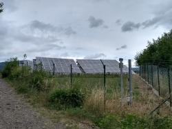 Fotovoltaická elektrárna na severozápadě Čech (foto Vladimír Wagner).
