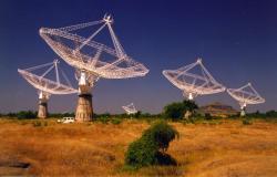 Giant Metrewave Radio Telescope (GMRT). Kredit: NCRA.
