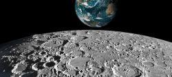 Jeden z pěkných snímku pořízených družicí Měsíce Kaguya (zdroj JAXA).