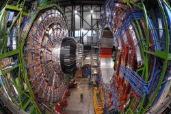 Co se skrývá pod hladinou LHC? Kredit: CERN.