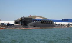 Čínská raketová jaderná ponorka typu 094 (v kódu NATO třída Jin). Kredit: United States Naval Institute News Blog.