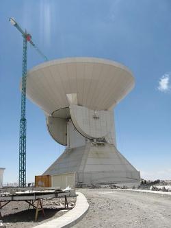 Large Millimeter Telescope Alfonso Serrano. Kredit: Lyuten / Wikimedia Commons.