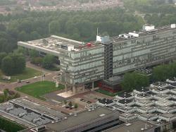 TU Eindhoven. Kredit: Arno van den Tillaart / Wikimedia Commons.